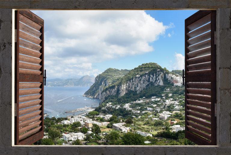 Leinwandbild - Fensterblick auf Capri