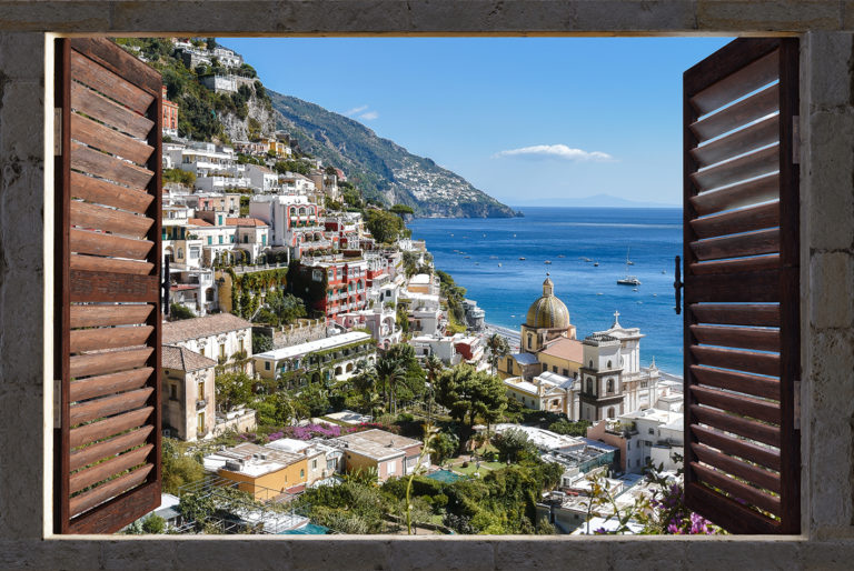 Leinwandbild - Fensterblick auf Positano am Meer
